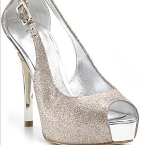 Amazing Guess heels for your night out.